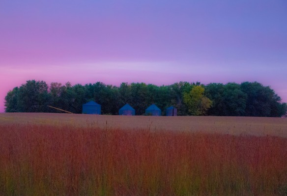 An abandoned farm site adds to the coloration.